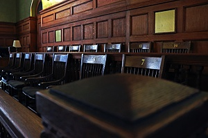 jury stand determining the lifespan of a civil judgment