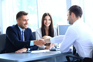 an employer being amicable if an employee refuses to sign non competition agreement